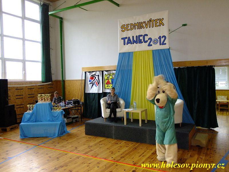 Sedmikvitek-tanec-2012-014