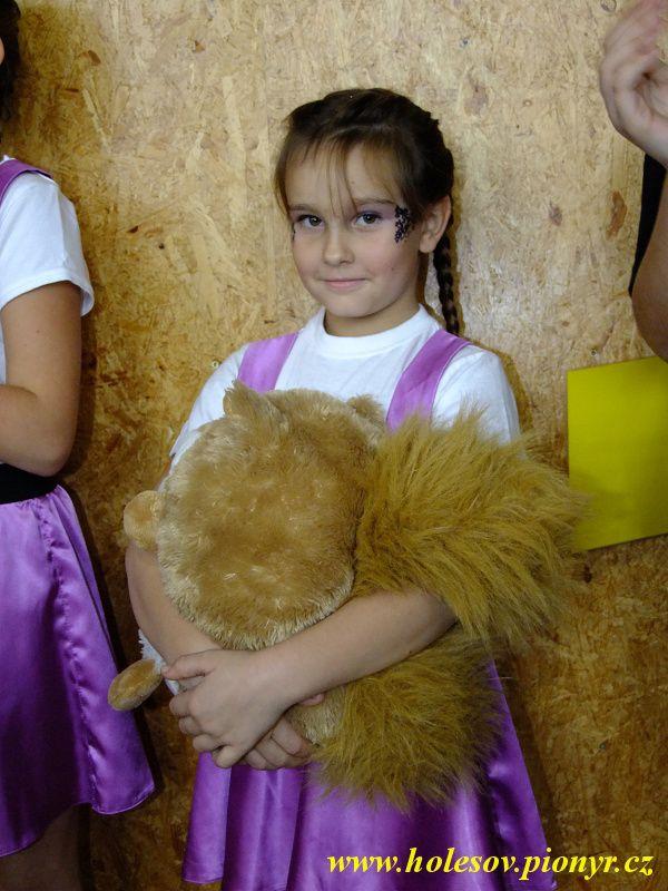 Sedmikvitek-tanec-2012-080