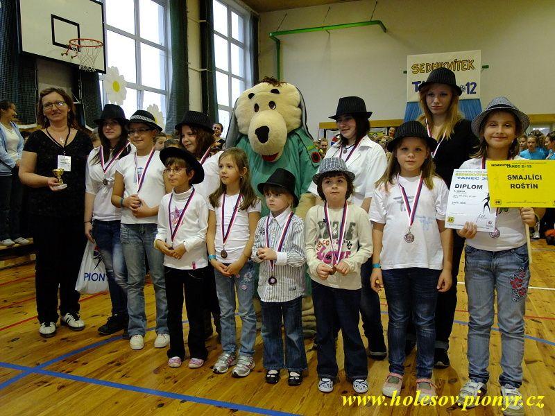 Sedmikvitek-tanec-2012-133
