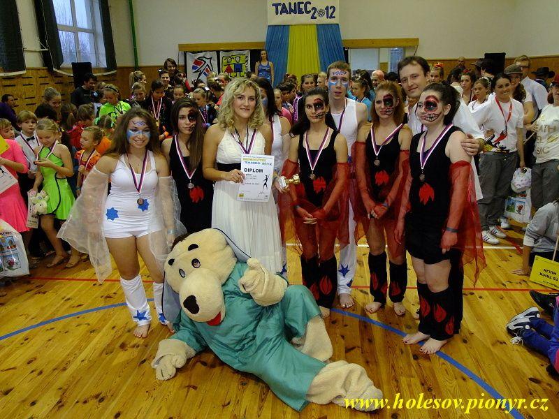 Sedmikvitek-tanec-2012-154