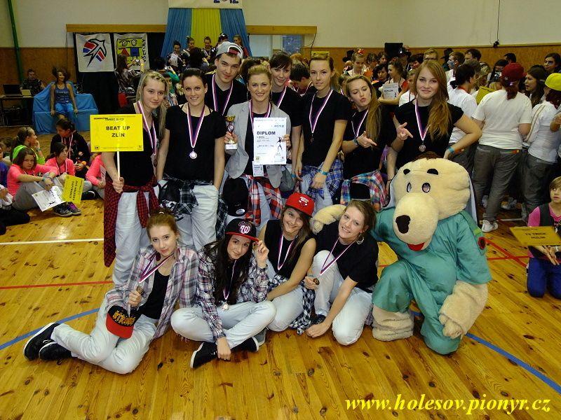 Sedmikvitek-tanec-2012-157
